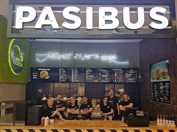 Reklama podświetlana Pasibus Wrocław